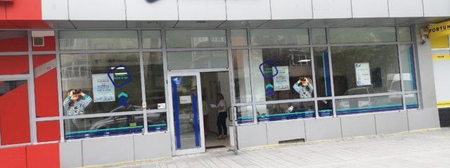branding banca exim bank valcea autocolant cutter productie publicitara valcea top advertising
