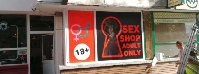 sex shop valcea productie publicitara valcea top advertising valcea autocolantare spatiu comercial sex